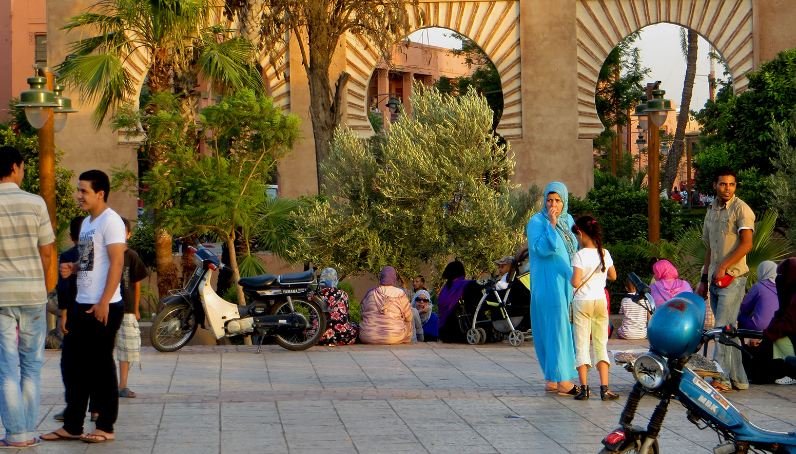 Morocco, Marrakesh Koutoubia plaza, courtesy to J. Hayes and K. Tandy